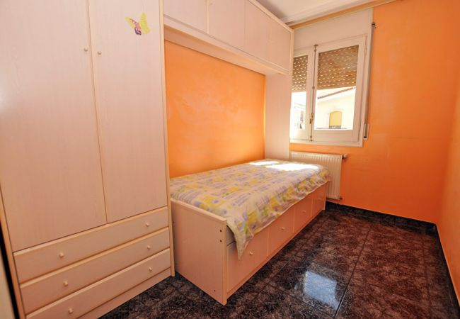 Apartment in Rosas / Roses - 1119