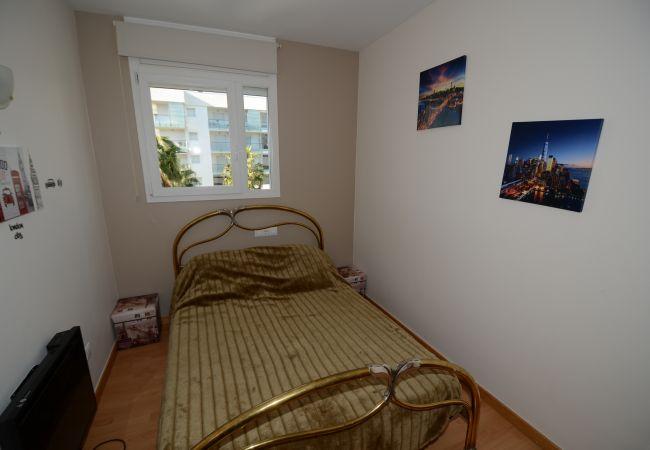 Apartment in Rosas / Roses - ISAR02-APARTAMENTO EN SANTA MARGARITA