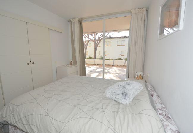 Apartment in Platja d´Aro - IPDAAR02- Planta baja con gran terraza
